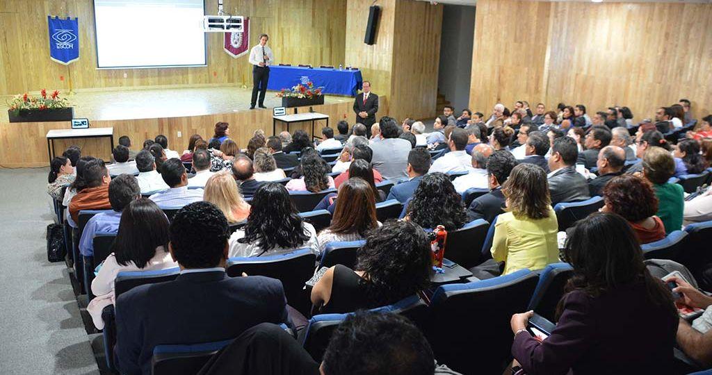 conferencia-en-el-IPN